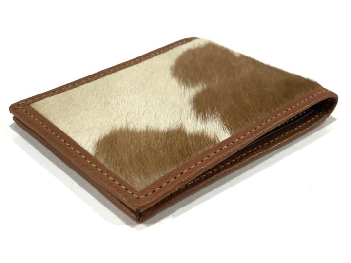Hugo, new cowhide wallet perfect for Father's Day!